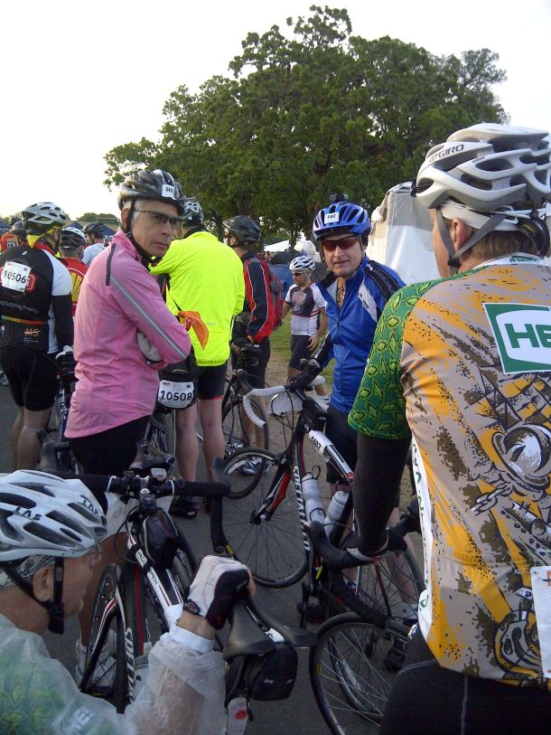 BP MS150 2013 Waiting to leave La Grange Johan, MOT, Skip and Dane
