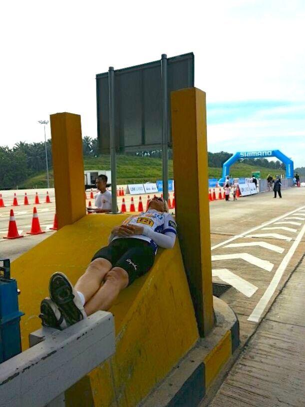 Shimano Highway Challenge LEKAS Finish 02 (Mark)