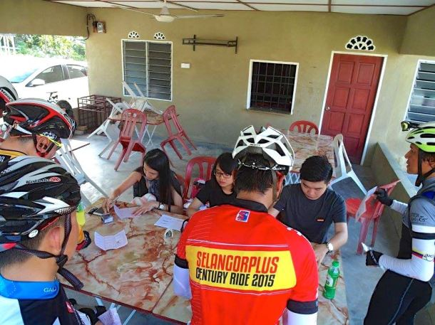 Audax BRM 200 Malaysia 2016 Check-Point 2 Lawrence Loh