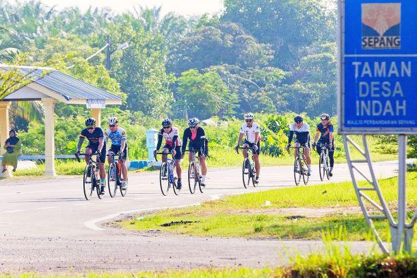 BCG Tour Kajang - Melaka - Kajang Day 1 Sepang