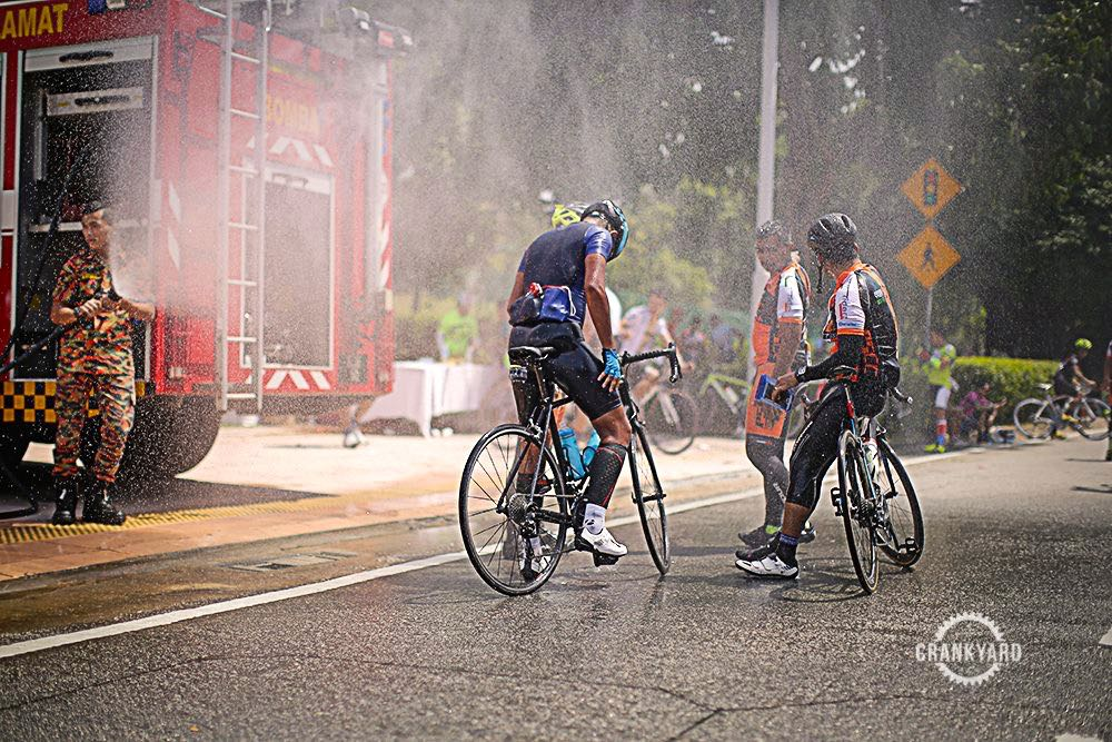 Putrajaya Century Ride 2016 Finish Spray Crankyard