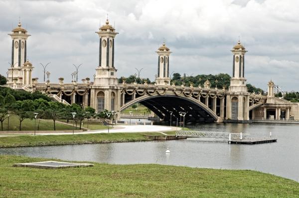 Putrajaya Century Ride 2016 Seri Gemilang Bridge