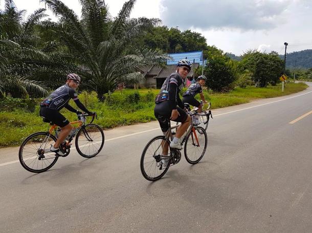 s-thailand-tour-2-sicr-mid-ride-1-leslie