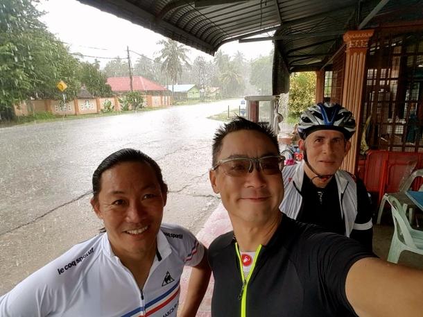 s-thailand-tour-1-torrential-rain-leslie