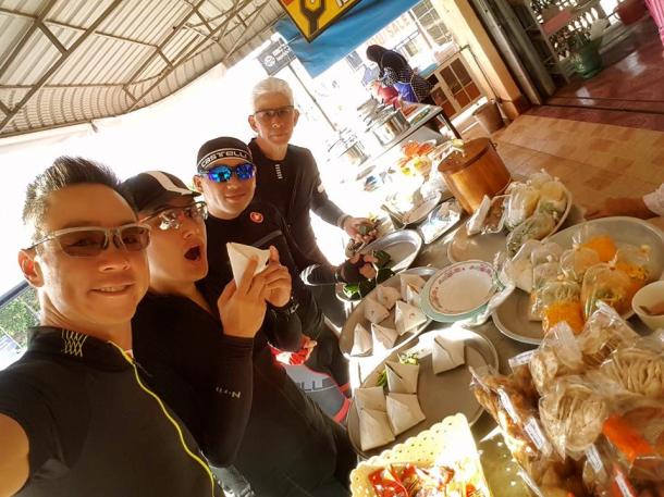s-thailand-tour-3-breakfast-1-leslie