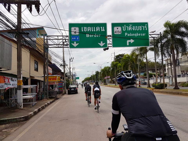 s-thailand-tour-4-turn-to-padang-besar-leslie