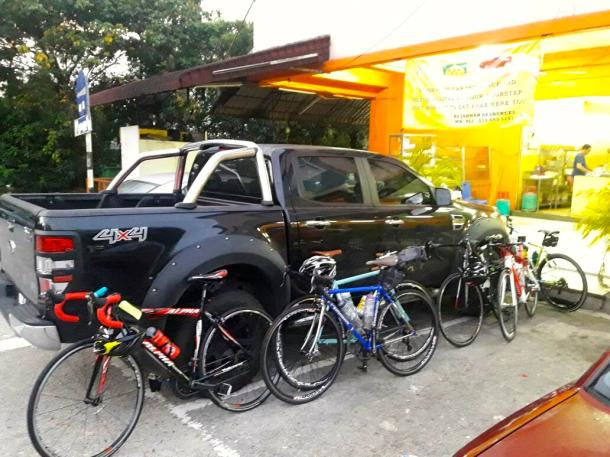 rotary-kl-to-teluk-intan-support-vehicle-ivan-wong-wai-keong