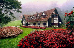 Cameron Highlands Banner The Lakehouse