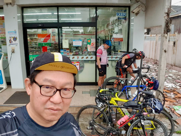 Day 4 7 Eleven Bike Wash Lee Heng Keng
