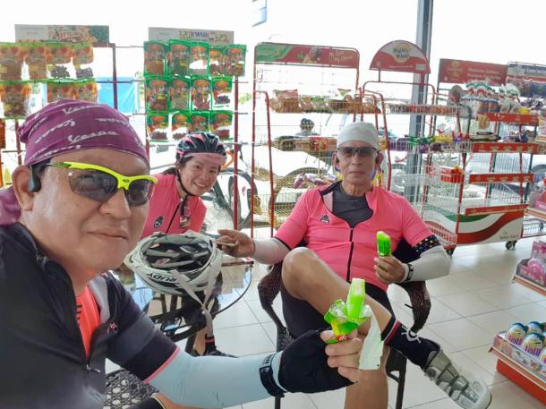 Teluk Intan Day 1 Petrol Station Ice Crwams Heng Keng